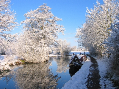 Winter on the canal