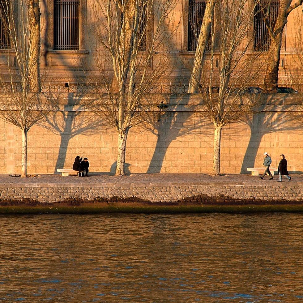 Winter afternoon along the Quais, Paris, France