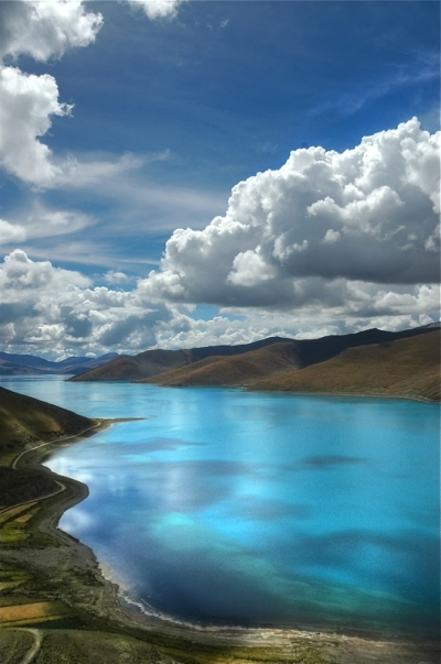 Yamdrok Tso, China