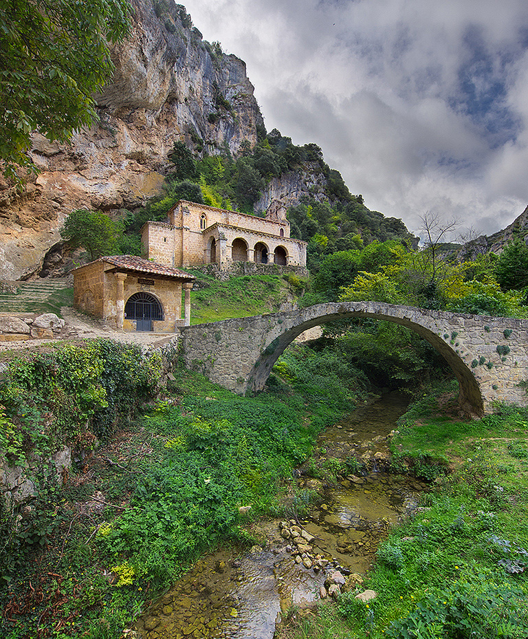 Between Briviesca and Orduña, Castille and Leon, Spain