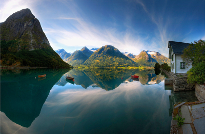 Hjelle, Strynevatnet, Norway