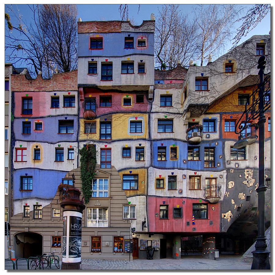 Vienna Park Apartments: Hundertwasser Building