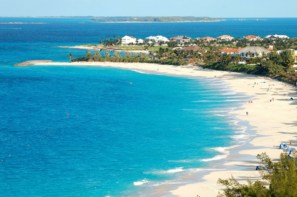Download this Paradise Island Nassau Bahamas picture