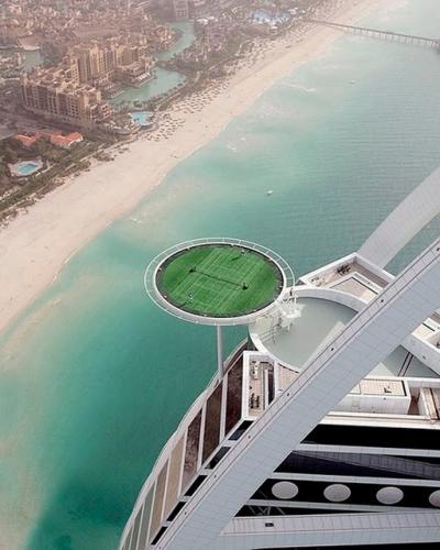 Tennis Court, Burj Hotel, Dubai