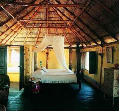 Hotelito Desconocido, Mexico