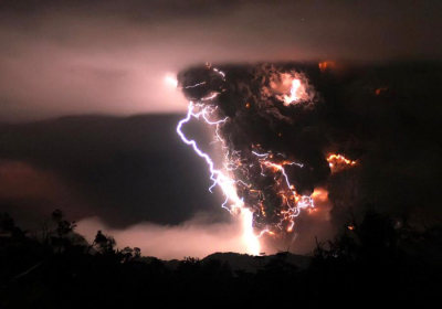 Puyehue volcano eruption and lightnings, Chile