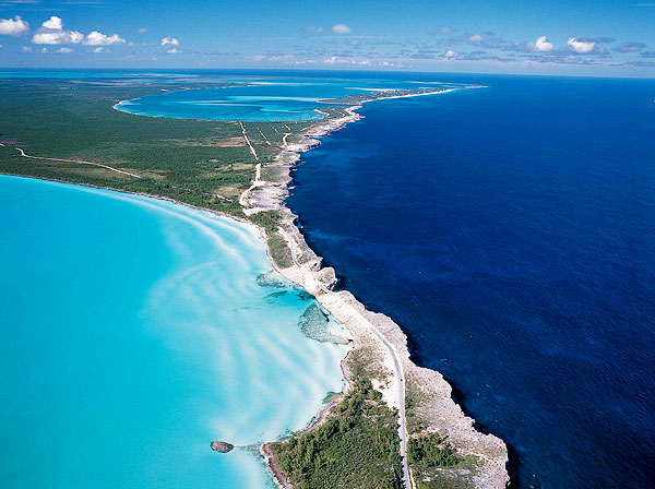 Where the Caribbean meets the Atlantic in Eleuthera, Bahamas