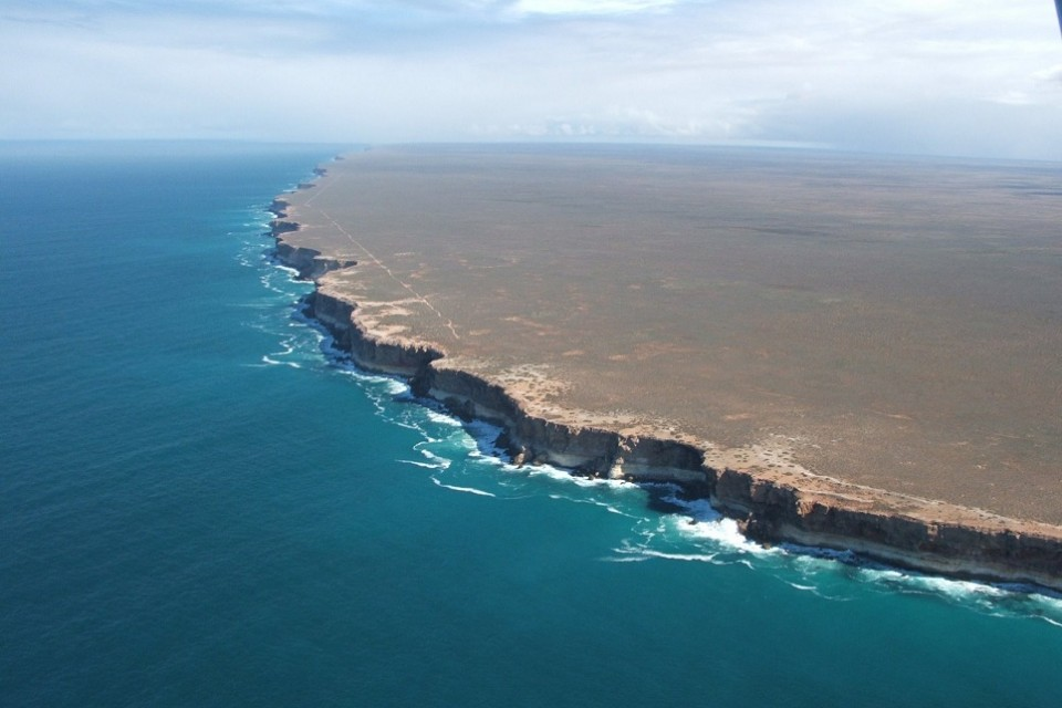 The end of the world: Nullarbor Cliffs