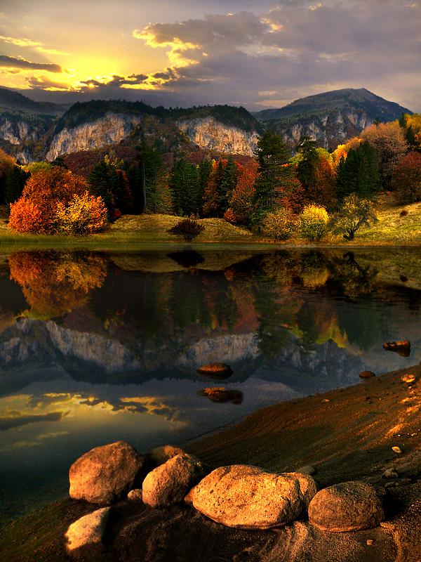 High Mountain Lakes, Montana