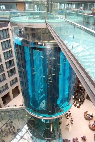 AquaDom aquarium elevator, Berlin, Germany
