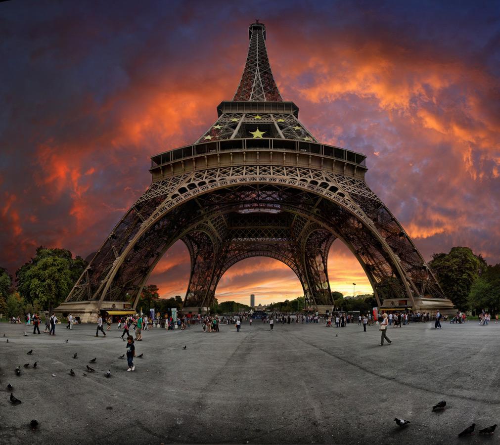 Sunset near the eiffel tower paris france