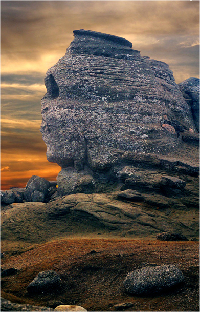 The Sphinx, Romania