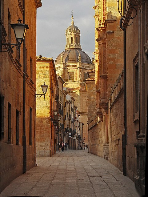 Streets of salamanca spain photo on sunsurfer - On salamanca ...