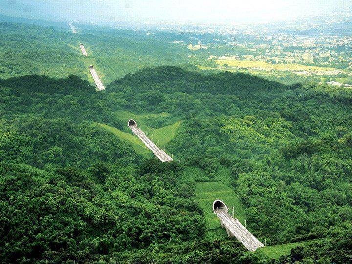 Ten Tunnel Highway, Taiwan