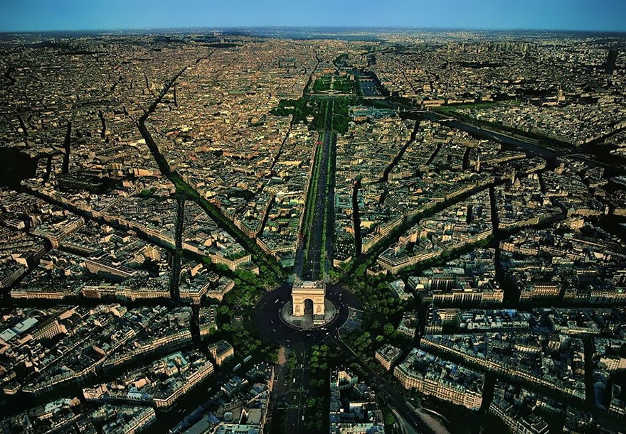 Arc de Triomphe, Paris 2