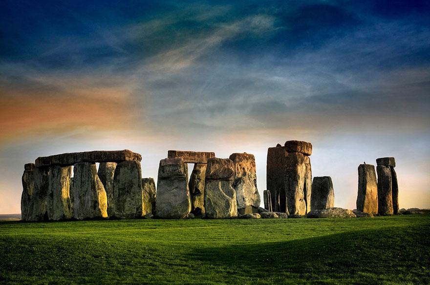 Stonehenge, Wiltshire, England 1