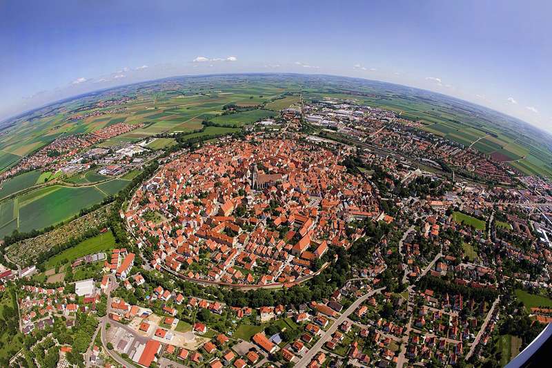 Bavarian town of Nordlingen built in a 14 million year old meteor impact crater