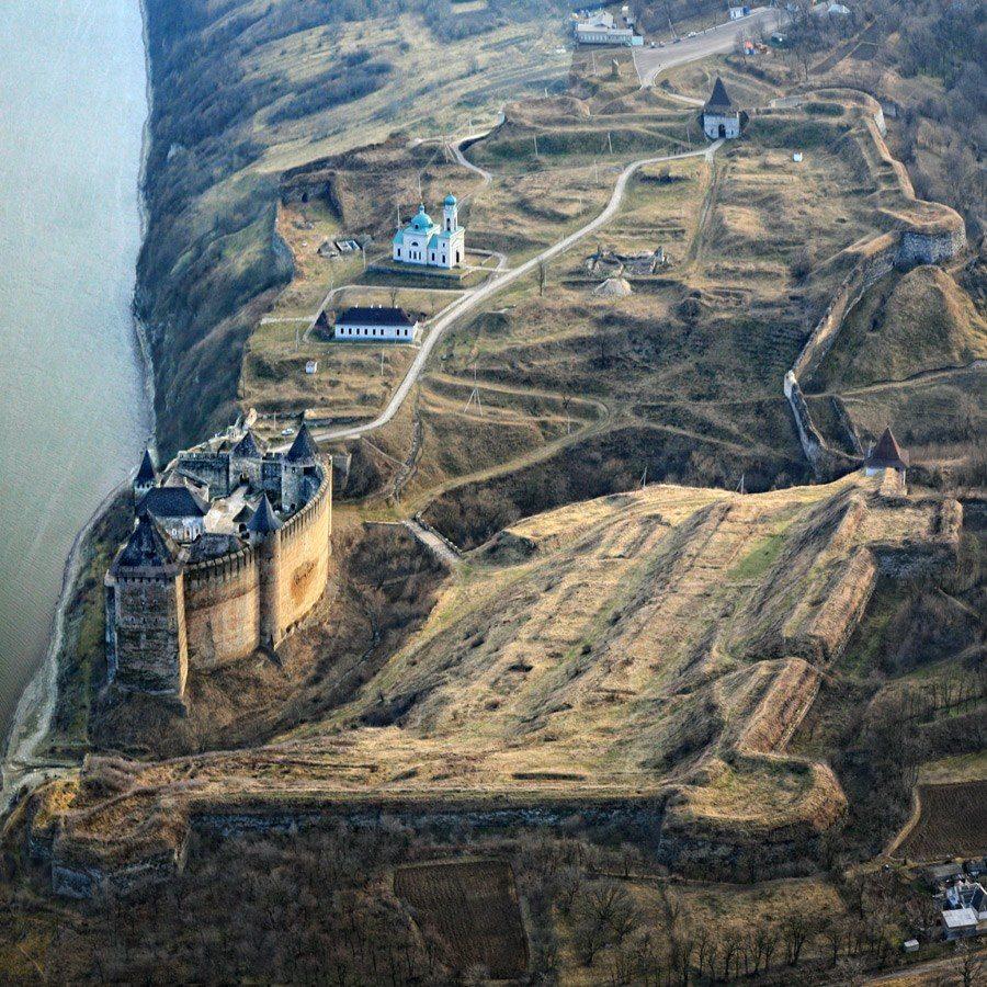 Hotin Stronghold, Romania