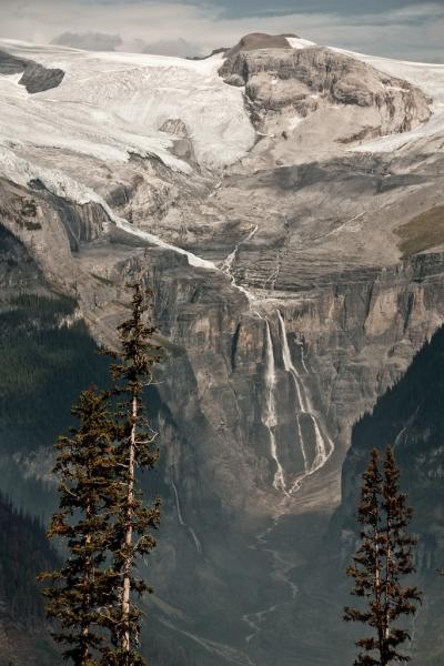 Cerberus Falls, Canada