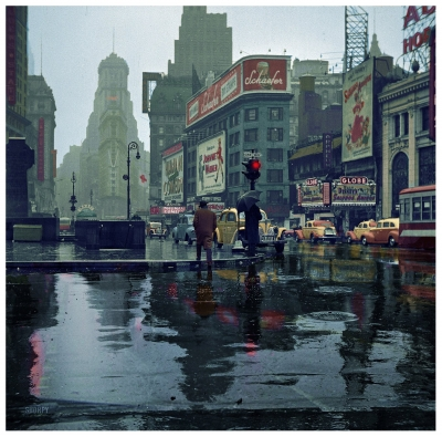 Times Square in the rain, New York, 1943